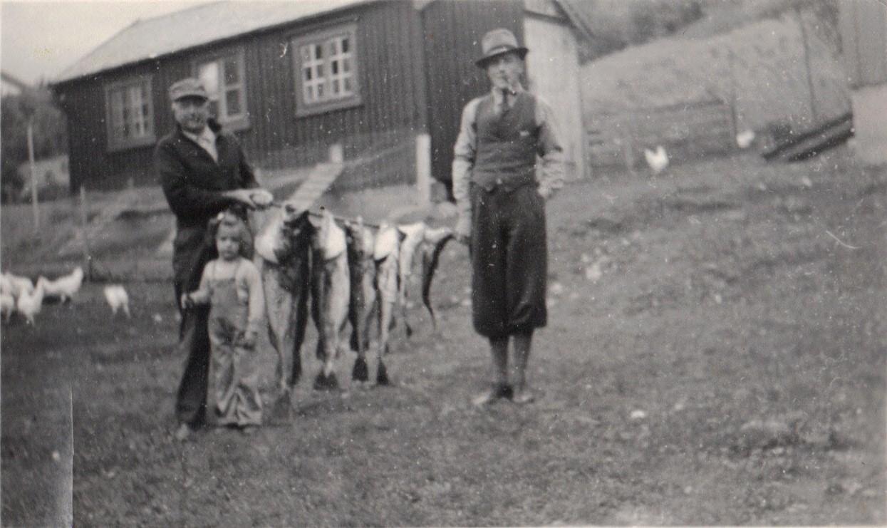 22. Ulvenaune, John, Nils,Carol, fiske