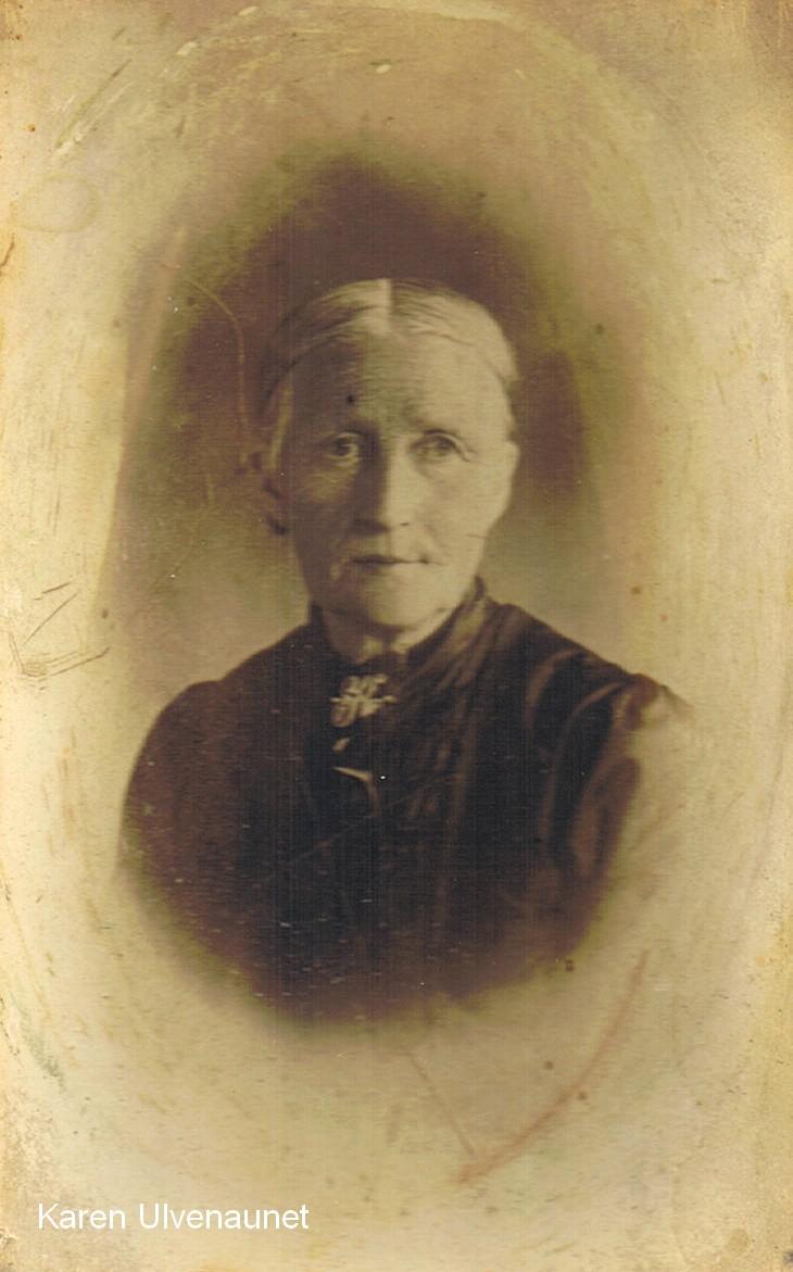 Karen Louise Ulven, gift med John Pettersen Leren. Karen og John var besteforeldrene til Nils.