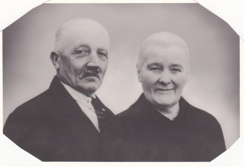 Marta og John Ulvenaune, Nils Aunes foreldre.