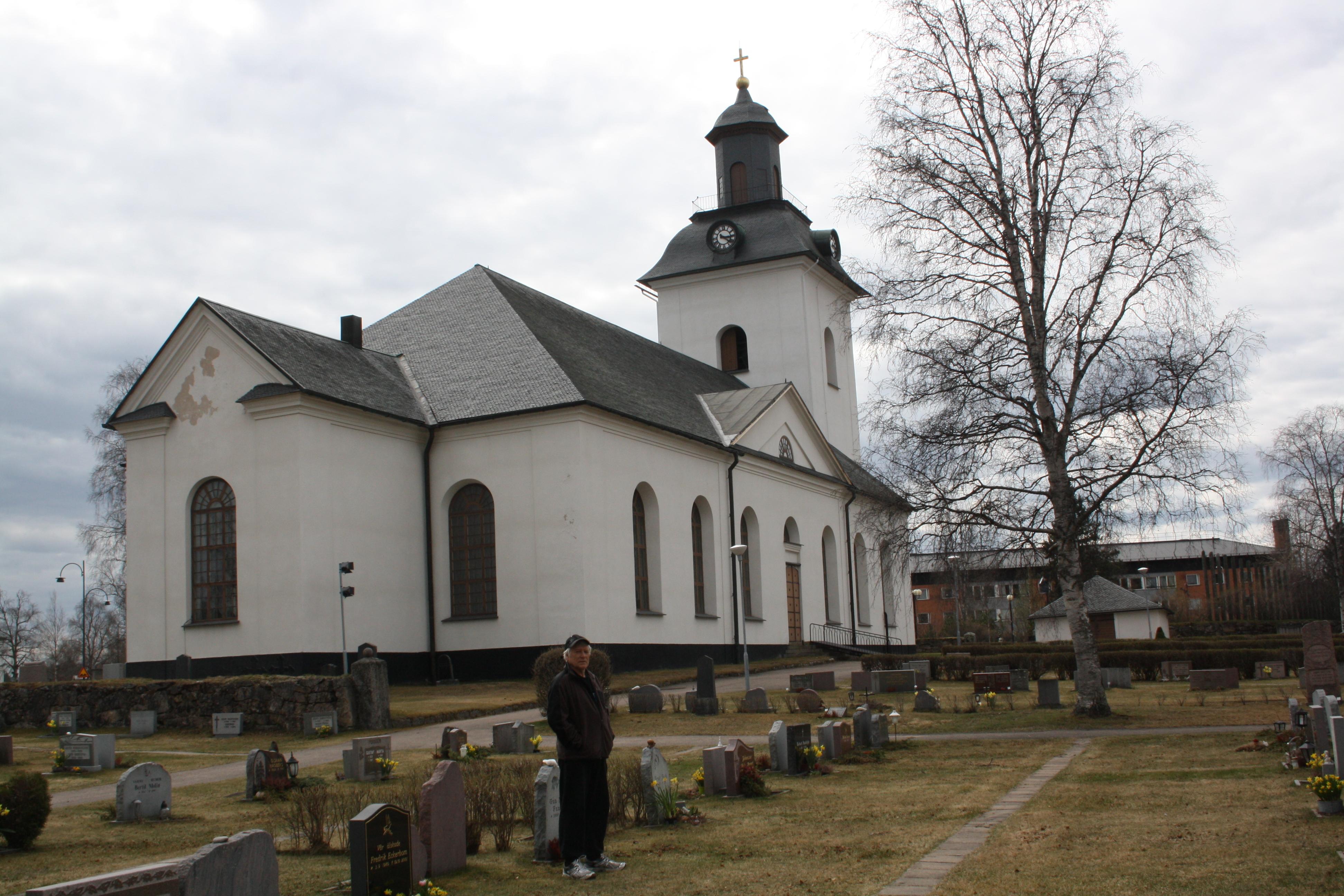 2. Sveg kirke i dag. Det var en eldre kirke her da vår slektning Olof fra Skjefte var prest i menigheten