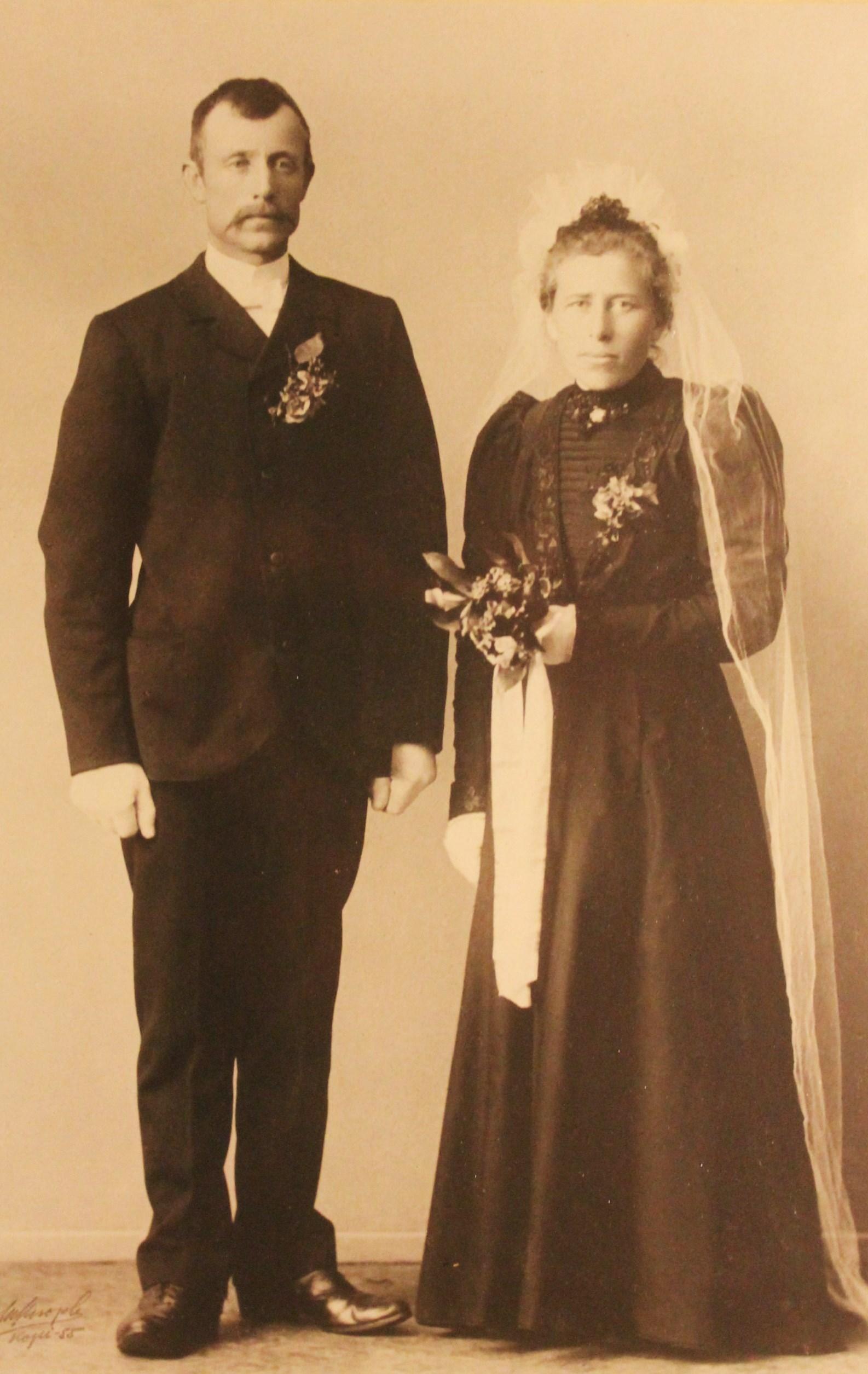 Saras foreldre: John Rognan og Sofie Våset.